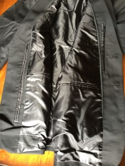 Baubax - lots of pockets! Liner is not that shiny